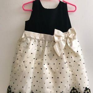 Mia Juliana Party  Lace Wedding Girl Dress Size 4